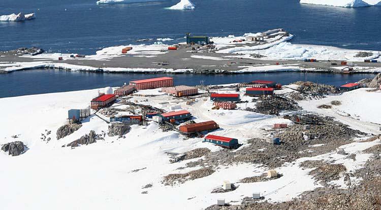 Antarctica/DumontDUrville