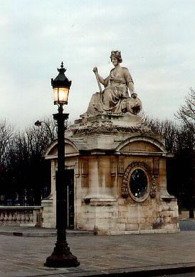 paris square louis say