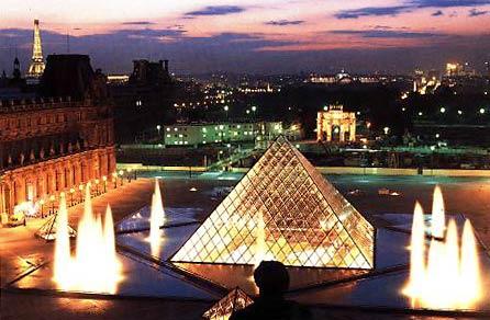les pyramid paris
