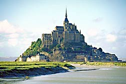 Mont-Saint-Michel, seen from 1 km