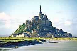 Mont-Saint-Michel, seen from 1 km